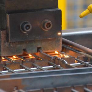 saldatura-a-punti-metaldomo-lavorazioni-lamiere-300