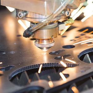 taglio-laser-lamiera-metaldomo-300