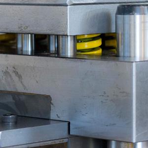 stampaggi-metaldomo-lavorazioni-lamiere-300